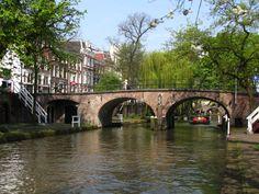 Bestand:Oudegracht Utrecht 12