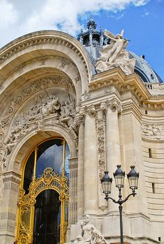 Le Petit Palais, Paris France