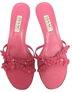 Isaac Mizrahi Bright Leather Flowers Sz 8m Pink Sandals. Get the must-have sandals of this season! These Isaac Mizrahi Bright Leather Flowers Sz 8m Pink Sandals are a top 10 member favorite on Tradesy. Save on yours before they're sold out!
