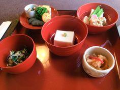 Shojin Ryori (vegetable food) was brought into Japan via China and Korea together with the introduction of Buddhism. #shojinryori #kamakura #hachinoki