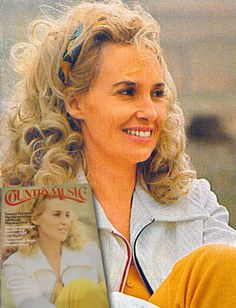 tammy wynette pinterest | Tammy Wynette in an alternate photo for Country Music magazine, April ...