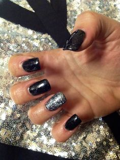 Goth and tiara by orly gel fx!! Stunning