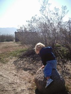 """Reason No. 14 to hike with kids: Encouraging children's creativity. Read more tips for day hiking with children in """"Hikes with Tykes: A Practical Guide to Day Hiking with Kids."""""""