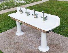 Rare BELVEDERE Cast Iron Porcelain Wash Sink LOCAL PICK UP ONLY AUSTIN TX