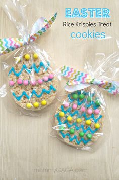Party Favor Ideas: Easter Rice Krispies Treats Cookies We're celebrating Easter this year with this fun Easter egg Rice Krispies Treats recipe! They are fun to decorate, the perfect Easter party favor ideas! Easter Snacks, Easter Candy, Easter Treats, Easter Recipes, Easter Desserts, Easter Food, Easter Gift, Rice Krispy Treats Recipe, Rice Krispie Treats