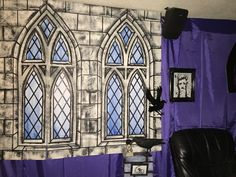 Nevermore : tv room Halloween 2015 my own props Halloween Coffin, Halloween 2015, Halloween Projects, Halloween Party, Creepy Pictures, Victorian Gothic, Classroom Decor, Parties, Indoor