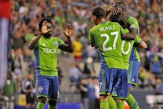 Sounders top Chivas USA in Seattle (Neagle goal sequencephotos)