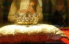 Crown of Queen Isabella.  This was the personal crown used by Queen Isabella I of Castile, Spain.  It is displayed in the Royal Chapel Museum.