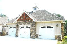 Timber Frame Home - Timber Frame Exterior - Timber Frame Accents - Timber Frame Garage - Homestead Timber Frames - Crossville Tennessee