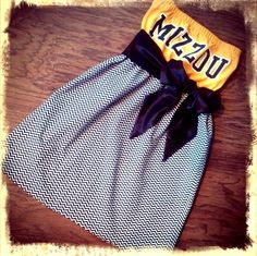 I want this!! She converts college t shirts into dresses for tailgating!
