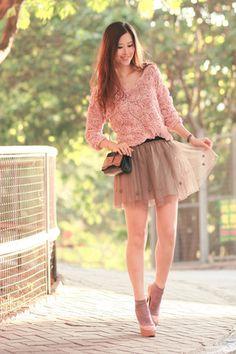 Light pink asian icandy sweater dark khaki skirt ♥