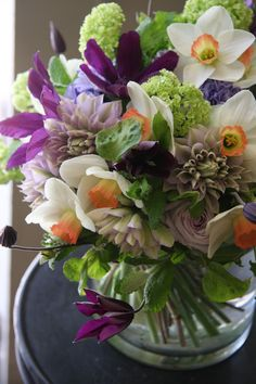 Narcissus,clematis,hyacinth and eustoma  ❉ღϠ₡ღ✻↞❁✦彡●⊱❊⊰✦❁ ڿڰۣ❁ ℓα-ℓα-ℓα вσηηє νιє ♡༺✿༻♡·✳︎· ❀‿ ❀ ·✳︎· SAT Sep 17, 2016 ✨ gυяυ ✤ॐ ✧⚜✧ ❦♥⭐♢∘❃♦♡❊ нανє α ηι¢є ∂αу ❊ღ༺✿༻✨♥♫ ~*~ ♪ ♥✫❁✦⊱❊⊰●彡✦❁↠ ஜℓvஜ