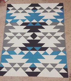 Quilt top is finished, it was so much fun to put together! #wip #sequoiaquilt