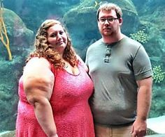 [Gallery] Couple Makes A Bet: No Eating Out, No Cheat Meals, No Alcohol. A Year After, This Is What They Look Like Cheat Meal, Before And After Pictures, Weight Loss Challenge, Marimekko, Mediterranean Diet, Cheating, Yoga Poses, Cardio, Pilates Workout