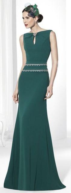 9bd6b17780 Vestidos para invitadas de Franc Sarabia  ¡Pura sofisticación!
