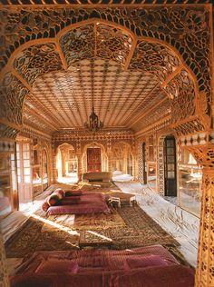 Bohemian Home morrocan home design interior design luxury homes Moroccan Design, Moroccan Style, Indian Style, Arab Style, Moroccan Room, Turkish Design, Moroccan Decor, Indian Architecture, Amazing Architecture