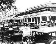 Motor cars outside the Firpo's restaurant (early 20th century) from the Calcutta Gallery of the Victoria Memorial, Kolkata