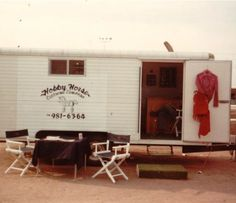 Our #tossbacktuesday about the old trailer! Do you remember?