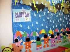 A super Weather classroom display photo contribution. Great ideas for your classroom! Classroom Wall Displays, School Displays, Classroom Walls, Classroom Decor, Autumn Display Classroom, Weather Bulletin Board, Preschool Bulletin Boards, Preschool Art, Preschool Activities