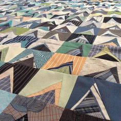 For this week I'm making a backing for stalagmite! I'm thinking I'll do strips of men's shirts in kind of a wide jellyroll… Strip Quilts, Scrappy Quilts, Baby Quilts, Modern Quilt Blocks, Scrap Quilt Patterns, Plaid Quilt, Sewing Appliques, Shirt Quilt, Textile Artists