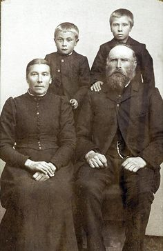 My husband's grandfather Anton Estensen Lien, his mother Inger Olsdatter Rodvei, his father Esten Amundsen Lien and a brother? who lived in Oppdal, Norway. Photo taken in Trondheim about 1882.