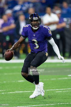 News Photo : Baltimore Ravens quarterback Robert Griffin III...