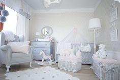 Pokój dziecięcy, pokój dla niemowlaka, pokój dla dziecka, piękny pokój dziecięcy, meble dziecięce, szary pokój dziecięcy. Zobacz więcej na: https://www.homify.pl/katalogi-inspiracji/36818/pokoje-ktore-pokocha-kazde-dziecko