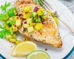 Poulet grillé à la salsa d'ananas drainant : http://www.fourchette-et-bikini.fr/recettes/recettes-minceur/poulet-grille-la-salsa-dananas-drainant.html