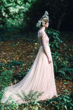 Wedding+photographer+Petra+Veikkola,+Design+. BEAUTIFUL SKIRT!