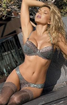 The stunner of the night | Sexy blonde in gray lingerie | For his eyes only | #Thejewelryhut