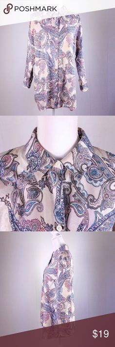 """CHICOS Pastel Paisley Button Down Shirt Sz 2 (Lg) Light and lovely for spring! Great for a boho style in the office and beyond. First pair it with your favorite slacks and then your favorite jeans!  Chicos Size 2 (Women's US Size Large, Chest 39"""")  Excellent Pre-owned condition with no holes, stains or flaws. The fabric is still crisp and like-new.  100% Cotton Tops Button Down Shirts"""
