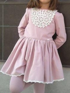 Vestido pecherín guipur