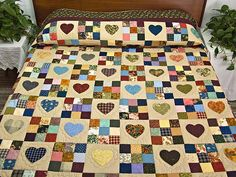 Hearts and Nine Patch Quilt -- terrific carefully made Amish Quilts from Lancaster (hs4857)