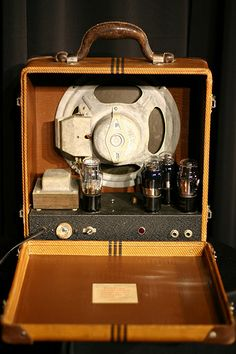 Gibson E-150 Amplifier - Rear View (Museum of Making Music Flickr stream)