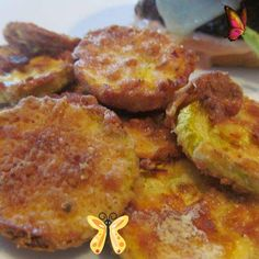 Air Fryer Fried Squash (Gluten Free Tip Included) - Healthy Debt Free Life Side Dishes Air Fryer Fried Squash<br> Fried squash that's so good, you won't believe it's been air fried! Summer Squash Recipes, Free Tips, Debt Free, Air Fryer Recipes, Fries, Side Dishes, Gluten Free, Breakfast, Healthy