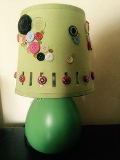 Abat jour decorata con bottoni