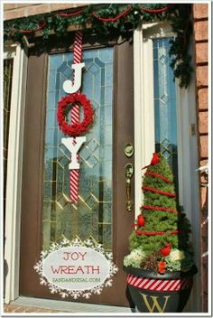 I Have A Great Walkway Leading Up To The Front Door That Is Perfect For A Little Holiday Vignette Or Decor