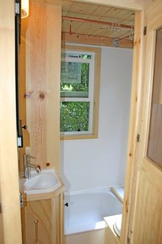 molecule-tiny-house-8 tiny house on wheels