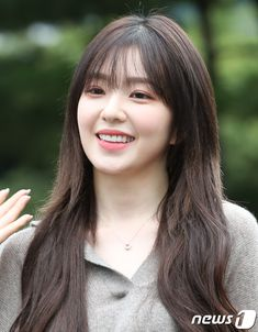 Red Velvet Irene, Velvet Fashion, Seulgi, Korean Actresses, Favorite Person, Korean Girl Groups, Sexy, Beautiful, Kpop