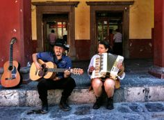 """""""Músicos"""" - ©Tracy J. Thomas, 2014. All rights reserved.  Honorable Mention in the Performing Arts category."""