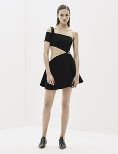 Get inspired and discover MUGLER trunkshow! Shop the latest MUGLER collection at Moda Operandi. Runway Fashion, Fashion Show, Womens Fashion, Fashion Design, Fashion 2016, Style Fashion, Fashion Collage, Catwalks, Little Dresses