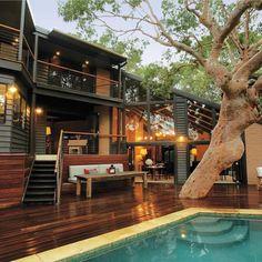 "(@_archidesignhome_) no Instagram: ""Pretty Beach House by Karina Barry + Brian Barry Location: Bouddi, #Australia --- #luxury…"""