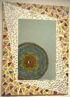 Espejo Mosaiquismo Diseño - $ 500,00 en Mercado Libre Mosaic Artwork, Mirror Mosaic, Mosaic Tiles, Collage Art, Stained Glass, Decoupage, Diy And Crafts, Mandala, Tapestry