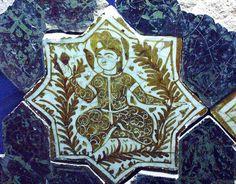 Seljuk tile. The Karatay Museum of Ceramic Tiles Konya, Turkey Location: Beyşehir, Konya, Turkey Date of the monument: Hegira 633 / AD 1236 Period / Dynasty: Anatolian Seljuq Patron(s): Sultan Alaaddin Keykubad ['Ala al-Din Kay Qubadh] I (r. 616–35 / 1220–37).