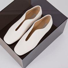 NEW ARRIVALS: SS16 Stella McCartney Footwear, featuring Low Heel Loafers ► http://bit.ly/1IJ8nJL