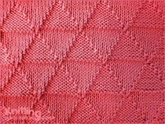 Using knit and purl stitch combinations. Reversible pattern looks identical on both sides. Knitting Squares, Dishcloth Knitting Patterns, Knit Dishcloth, Crochet Stitches Patterns, Stitch Patterns, Knit Purl Stitches, Knitting Stiches, Arm Knitting, How To Purl Knit