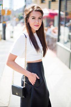 Fashion & Frills Blogger l Monochome Maven