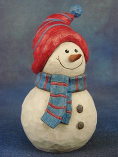 "Photo: Angie Zeimetz, snowman, basswood, 5 ""tall - Home Decor -DIY - IKEA- Before After Christmas Wood Crafts, Christmas Clay, Snowman Crafts, Christmas Tree Ornaments, Christmas Projects, Xmas, Wood Carving Designs, Wood Carving Patterns, Wood Carving Art"