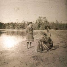 Tatiana and Olga, 1906