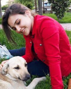 Çok sevmiş idik kızımla birbirimizi  #dog #love  by castkidding